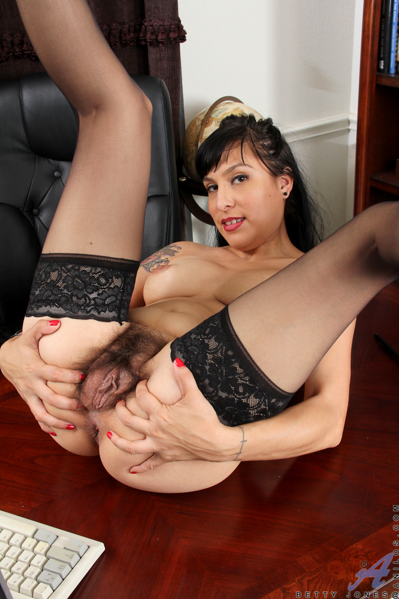 betty page milf pussy