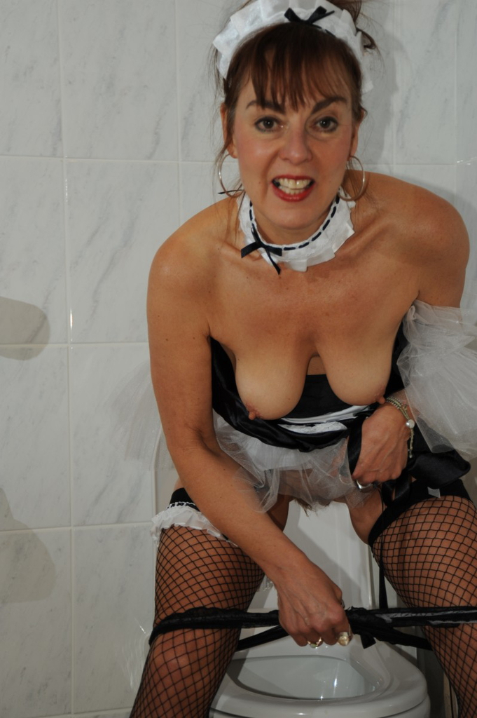 French Maid Mature Pissing Porn