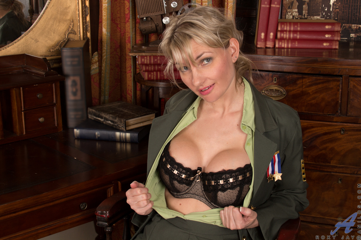 military mature roxy jay wide open wet hairy pussy | the hairy lady blog