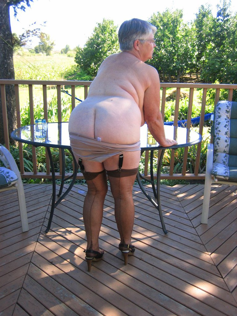 bbw granny shows 42dd curves and hairy pussy | the hairy lady blog