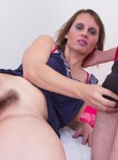 Hairy pussy mom fucked