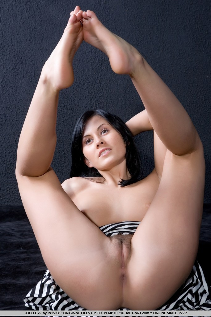 Latina fucking machine tube