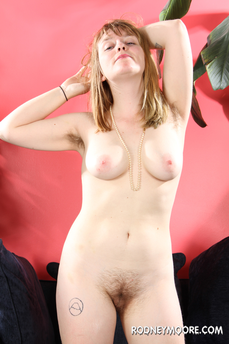 naked sexy hairy women