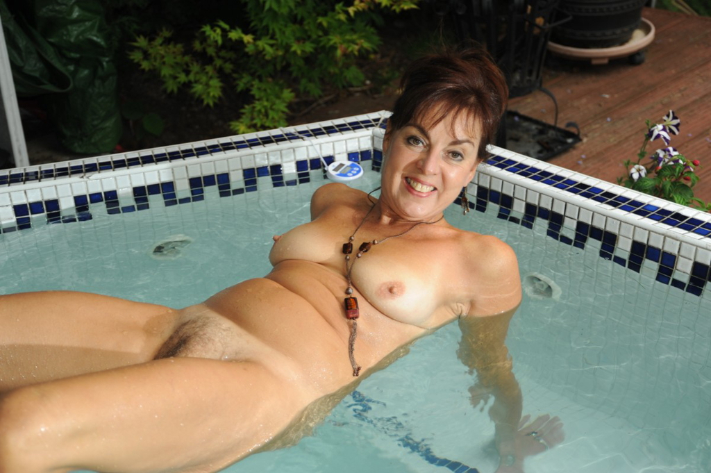 pool nude Amateur mature