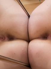 Nude sexy babe Ella Martin