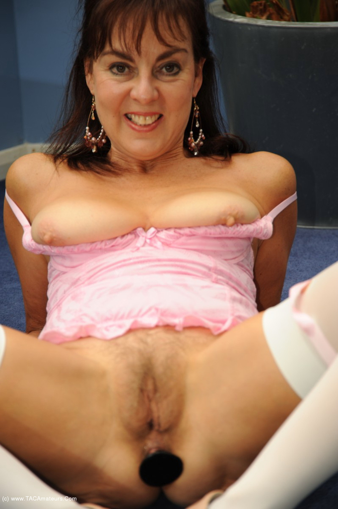 from-mature-anal-women-poppin
