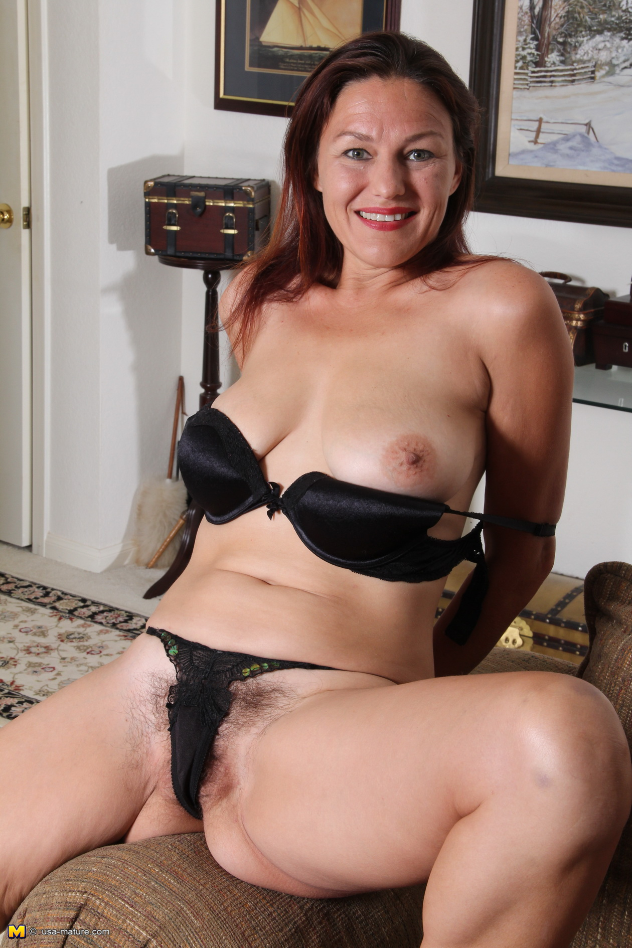 Mature black busy hairy nude