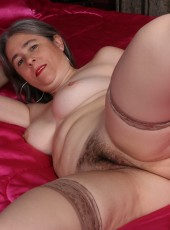 Hairy American mature lady