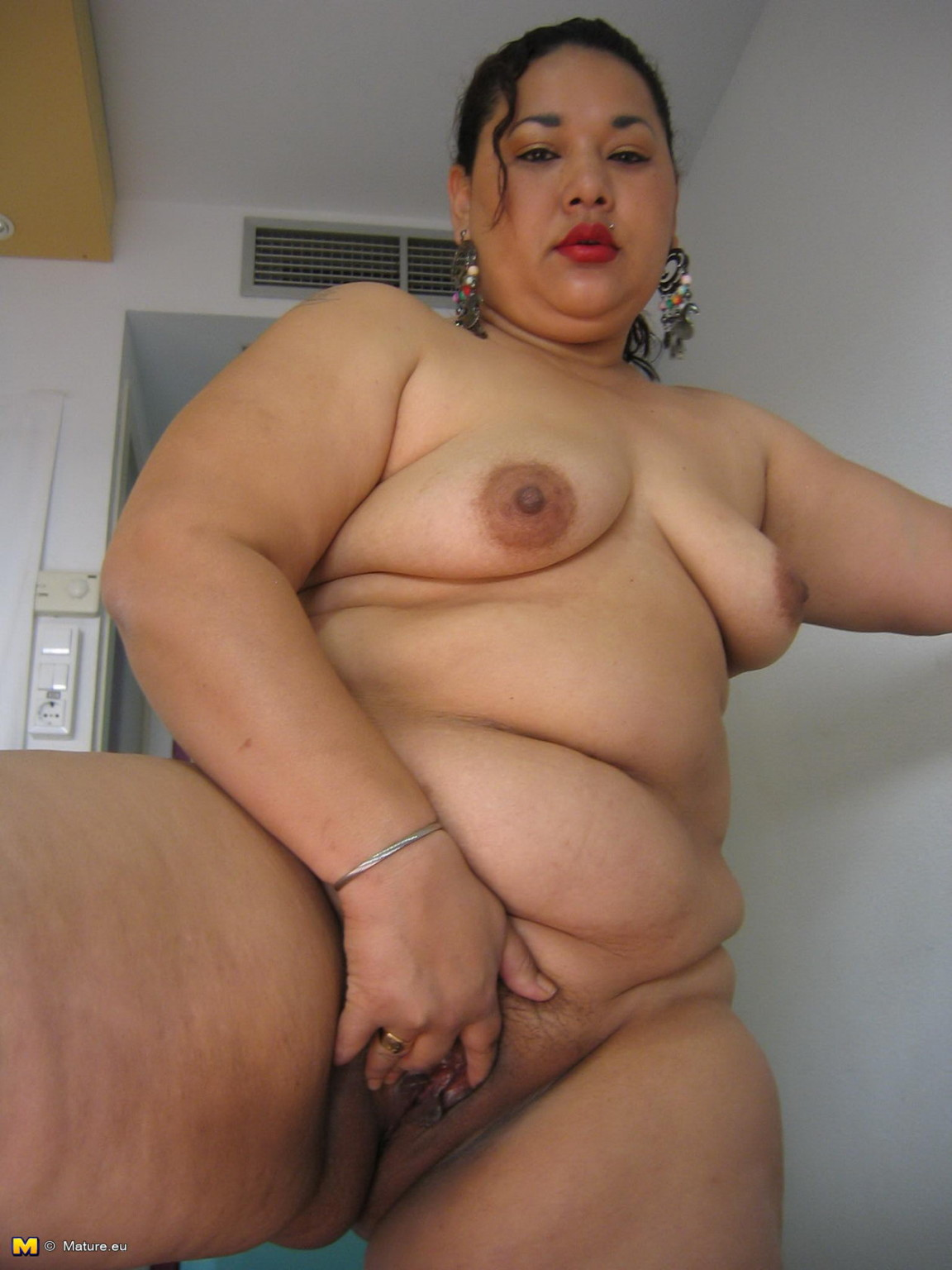 Nude asian granny