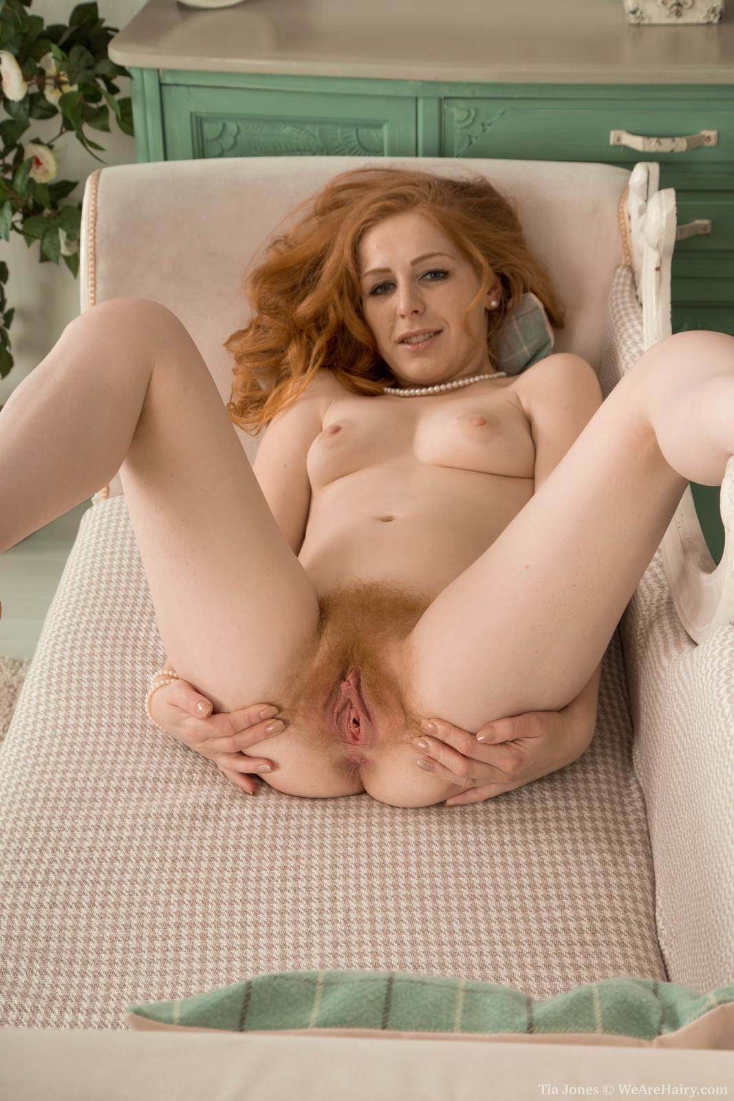 Girls with red pussy hair