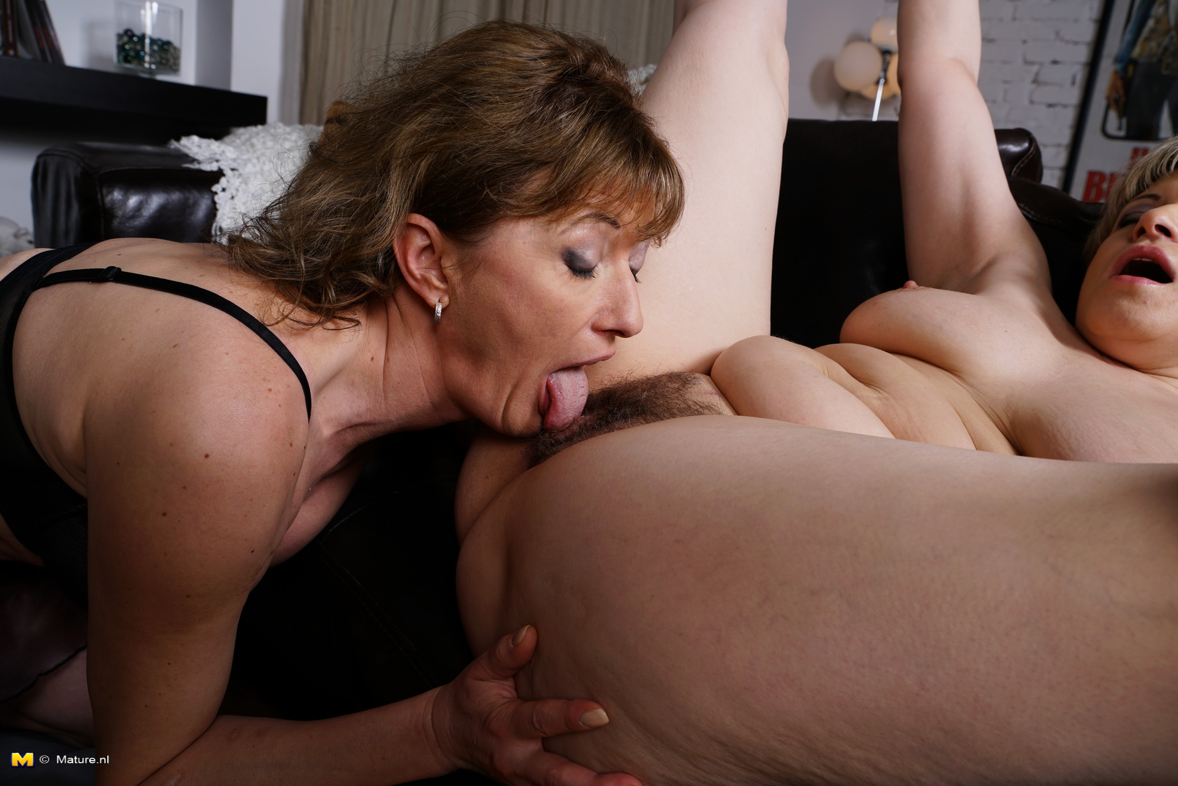 Hot mom clips