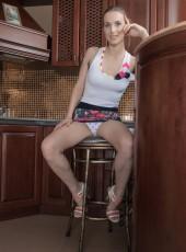 Donatella from WeAreHairy.com