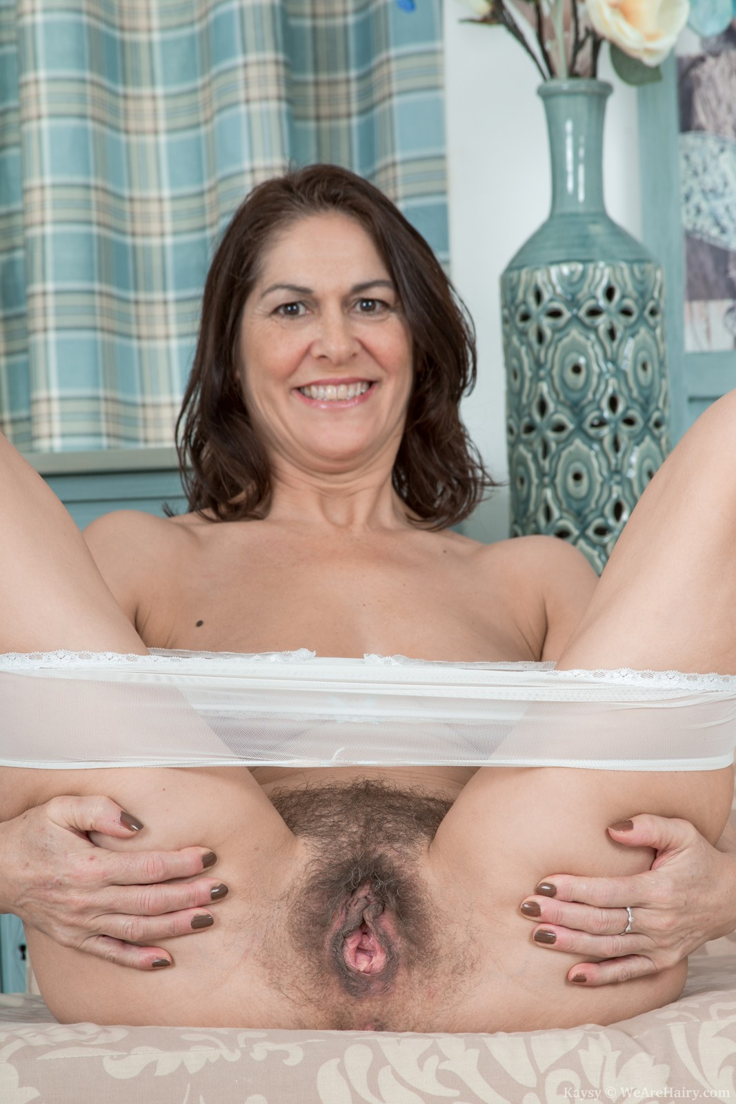 Mature hairy fannys