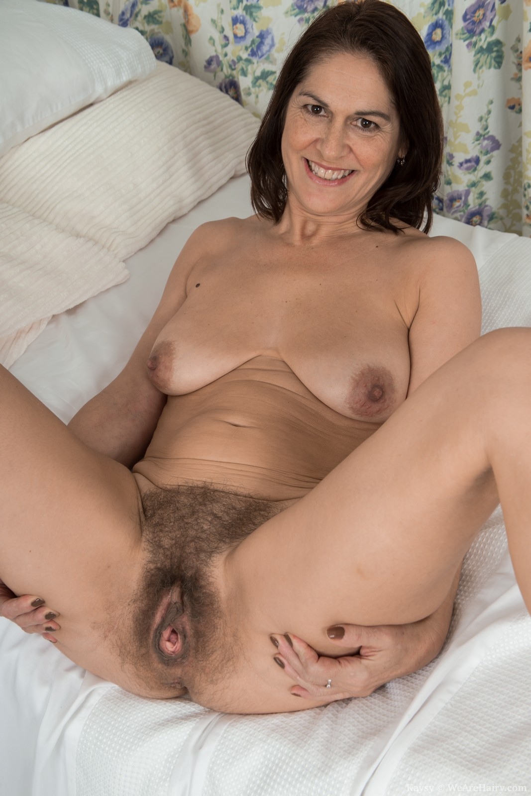 cunt moms naked hairy Mavis