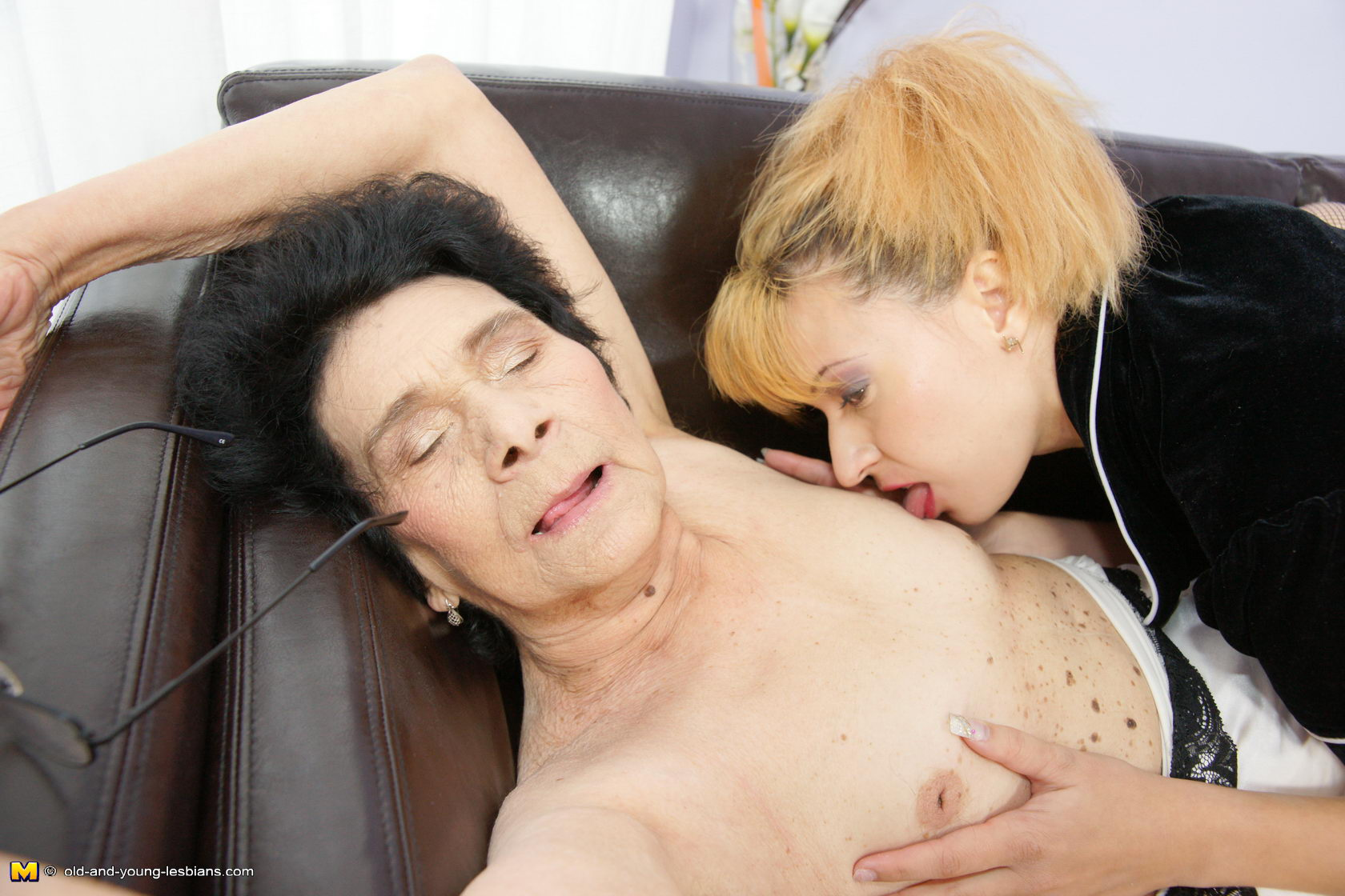 hairy granny lesbian | the hairy lady blog