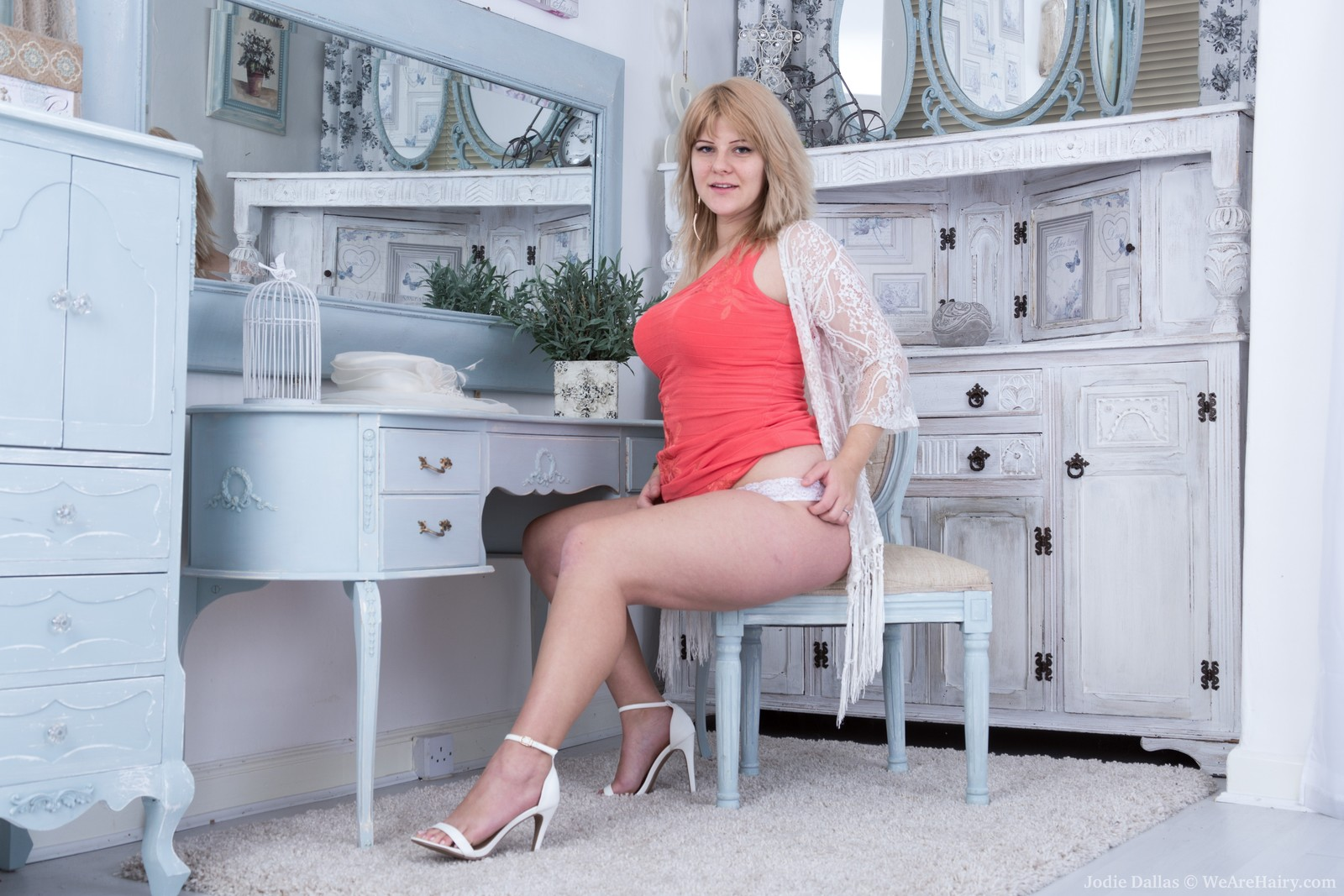 Chubby blonde Jodie Dallas | The Hairy Lady Blog