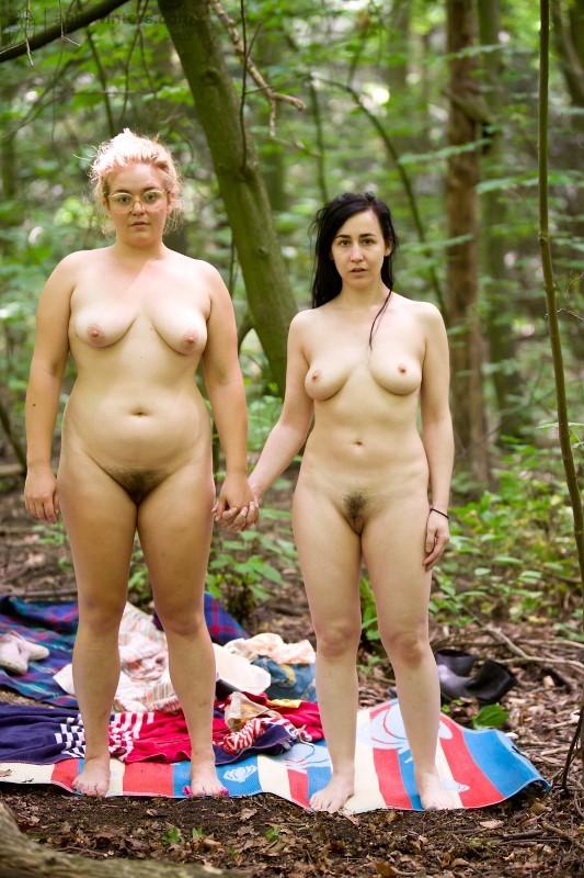Hardcore lesbian sex in nature