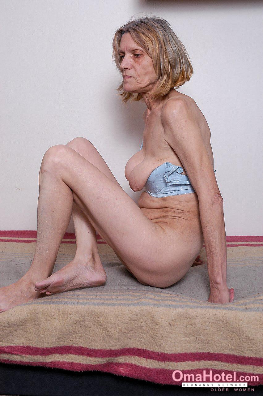 Old fath mom son sex incest pics