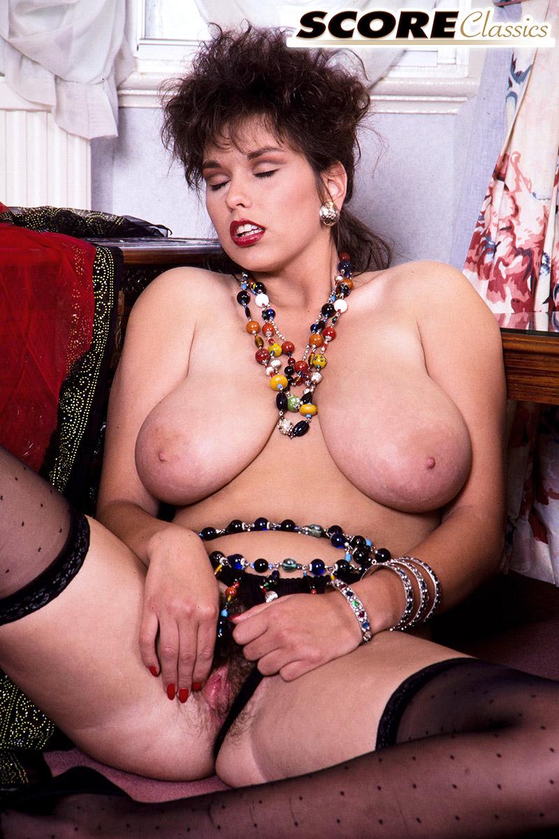 Busty Jeannine Oldfield