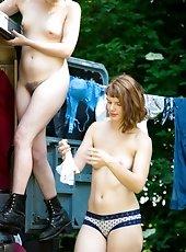 Lesbian sex Yara and Bobbie