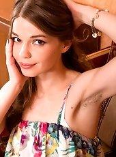 Russian young babe Miranda posing naked