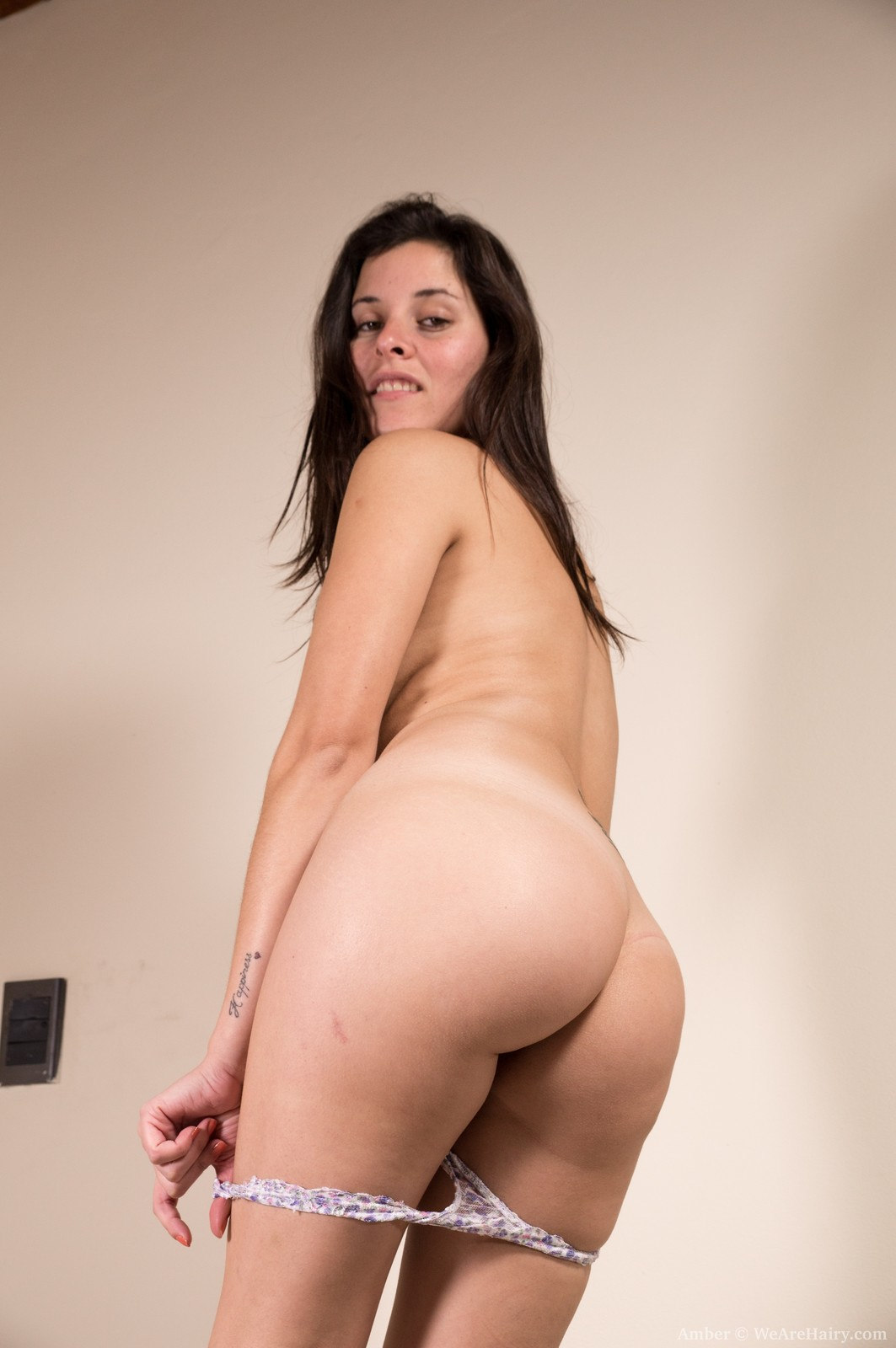 pussy Natural girl hairy