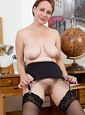 Hairy woman Silviya thinks its simple being inexperienced